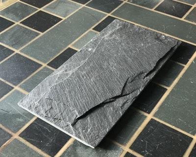 <strong>Piedra Mushroom. Pizarra negra</strong> <h6>código S1908</h6>